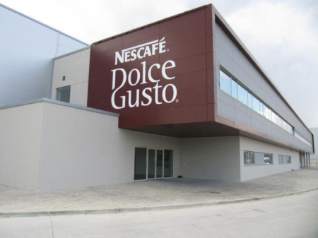 Foto Teil des Nestlé Dolce Gusto Werkes in Girona / Spanien