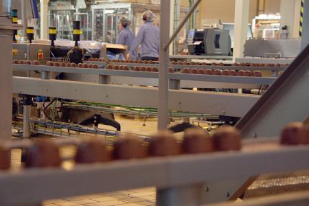 Blick auf die Fertigung des Nestlé Dolce Gusto Werkes in Girona / Spanien.