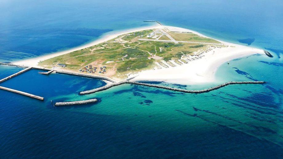 Flughafen - Insel - bei Helgoland - rudimentärer Hafen