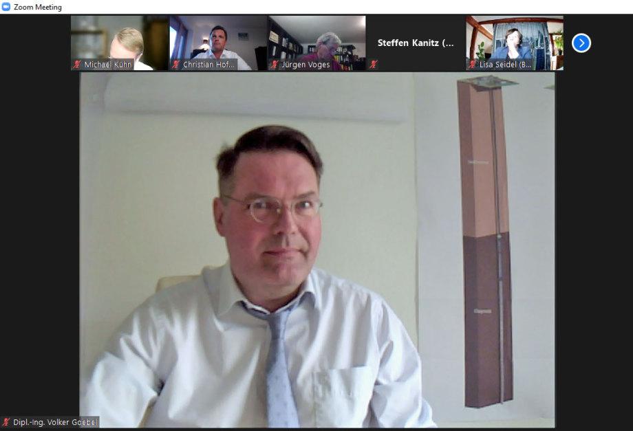Ing. Goebel während der Teilnahme an einer der zahlreichen Zoom Konferenzen der Fachkonferenz-Teilgebiete
